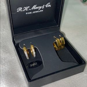 New 14K Macys and Co earrings set
